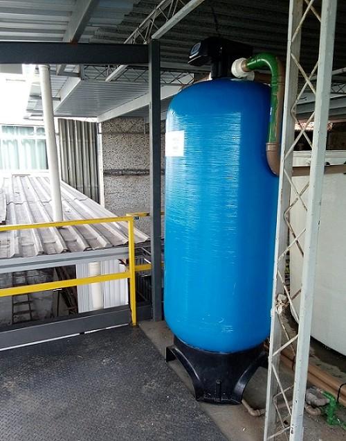 Filtro para agua amarela