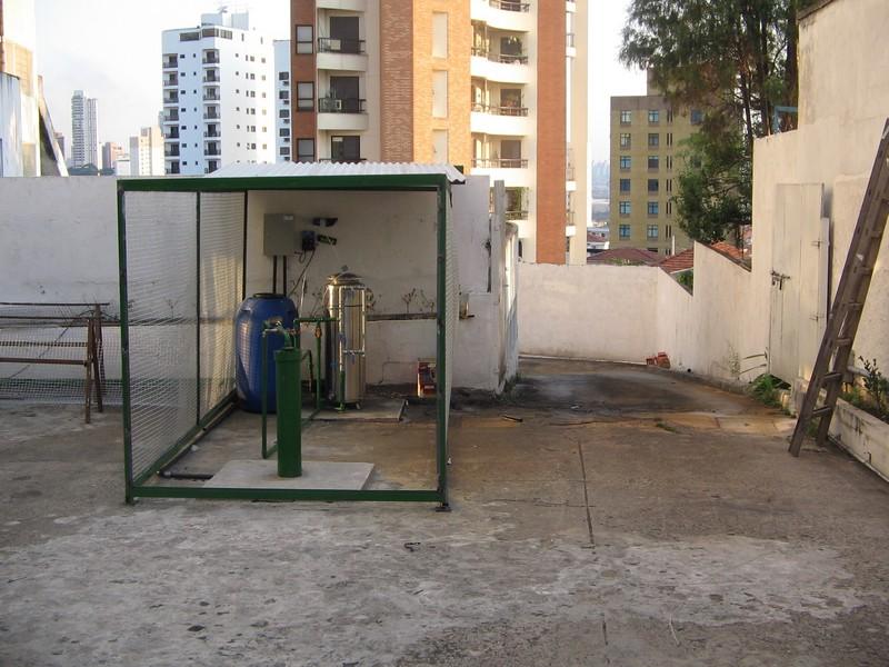 Tratamento de água para consumo humano e uso industrial